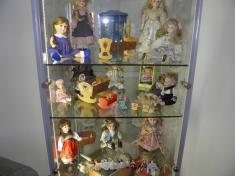 Sbírka kočárků a panenek pro Lilinku